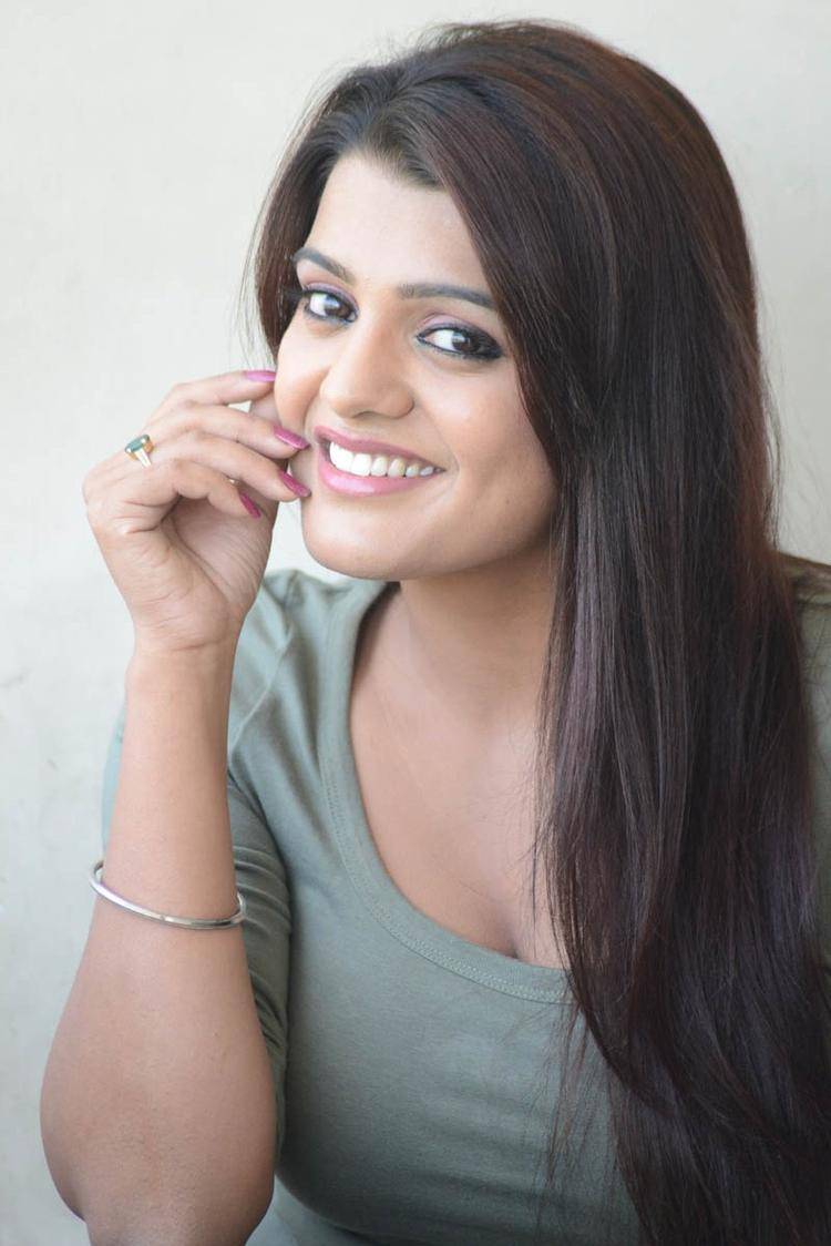 Tashu Kaushik Beautiful Face Look Still At Telugabbai Movie Press Meet