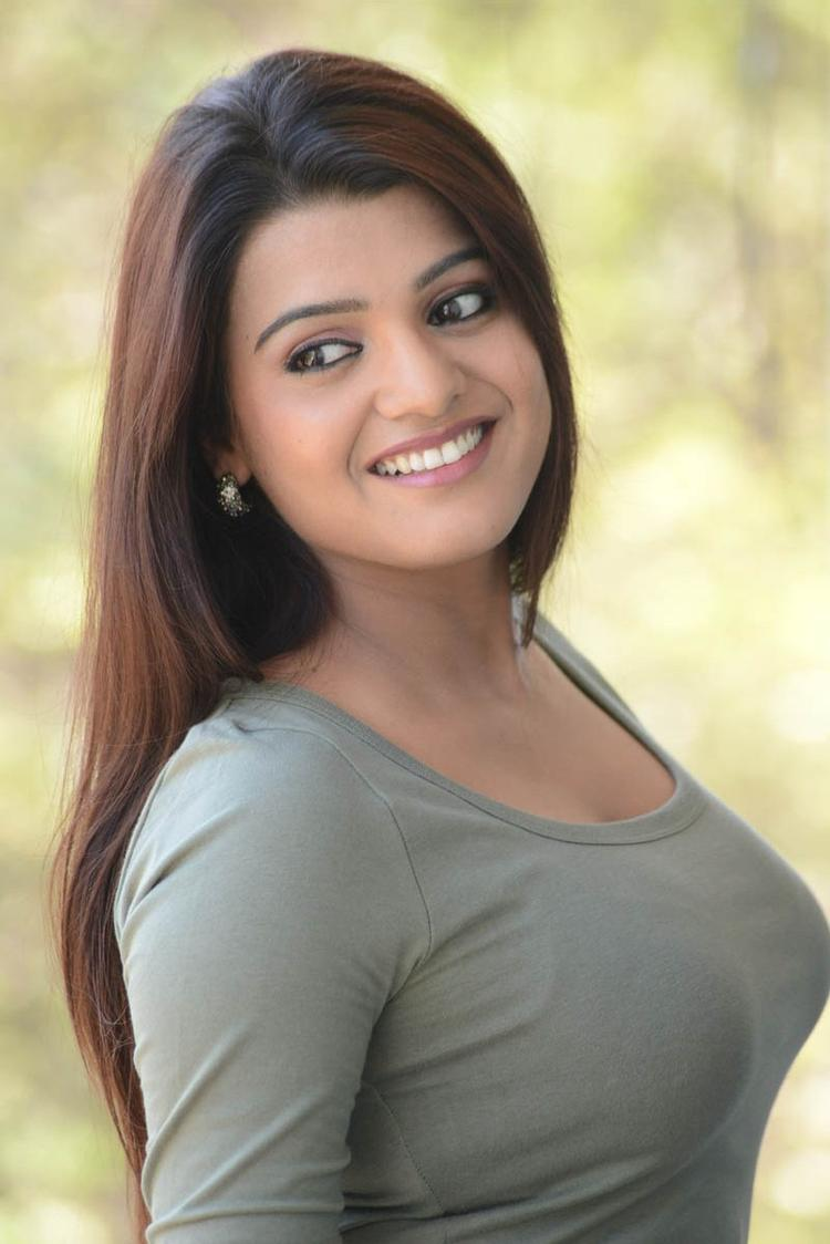 Tashu Kaushik Hot Look Still At Telugabbai Movie Press Meet