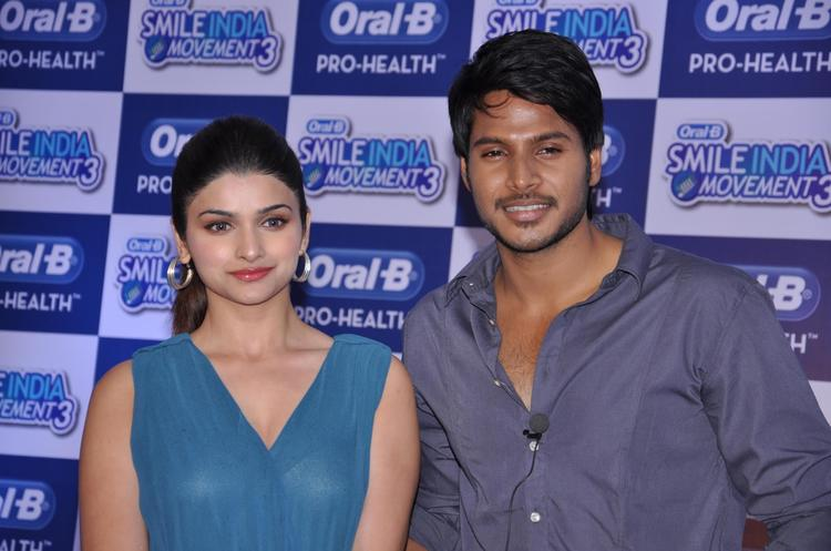 Prachi And Sundeep Attend The Oral B Smile India Movement 2013