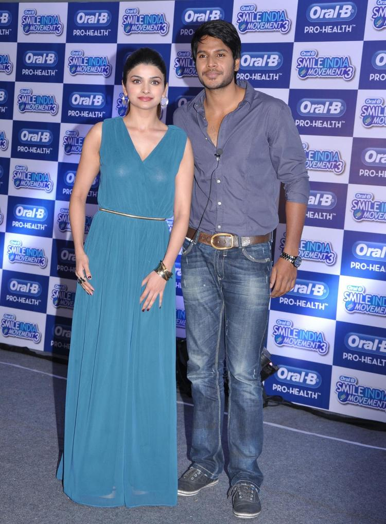 Prachi And Sundeep At Power Of Healthy Smile Event