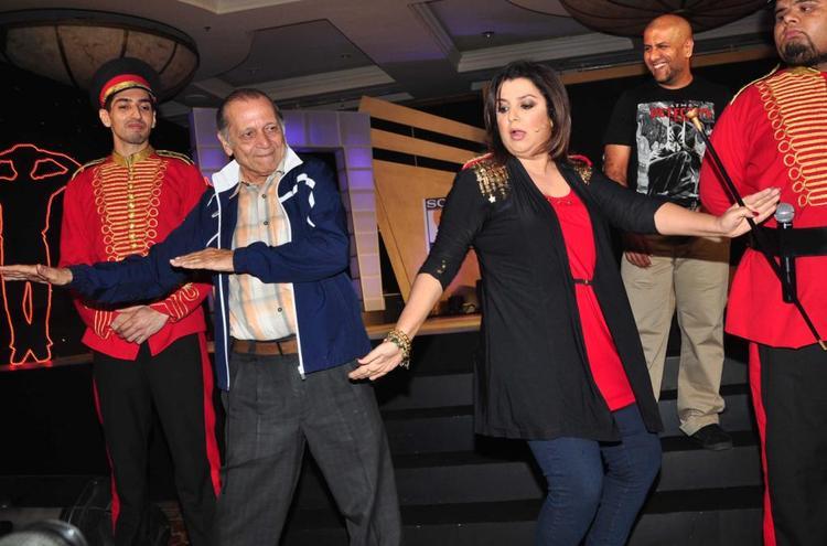 Farah Khan Danced Look At Sony MAX IPL Press Conference 2013