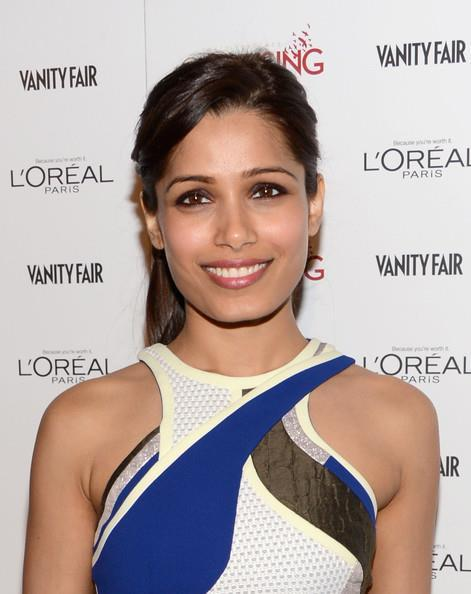 Freida Pinto Dazzling Look At Pre-Oscar Bash 2013