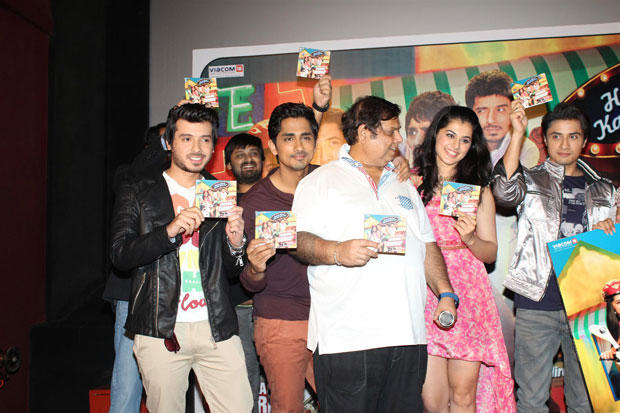 Divyendu,Siddharth,David,Taapsee And Ali Posed With CD At Chashme Buddoor Audio Launch Event