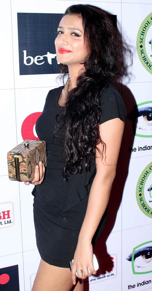 A Sexy Celeb Cute Smiling Pose At Mushaira Hosted By Kapil Sibal And Anu Ranjan