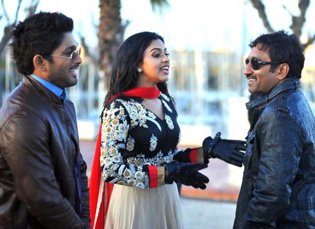 Allu Arjun And Amala Paul Smiling Look On The Shooting Sets In Spain