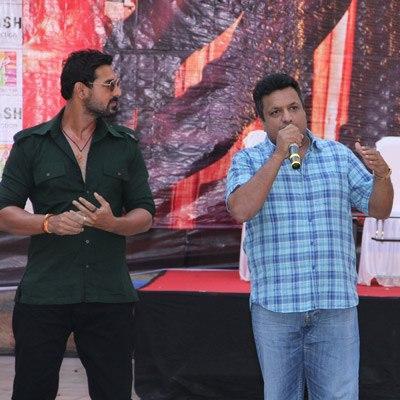 John Abraham And Sanjay Gupta Direction Look On The Sets Of Shootout At Wadala