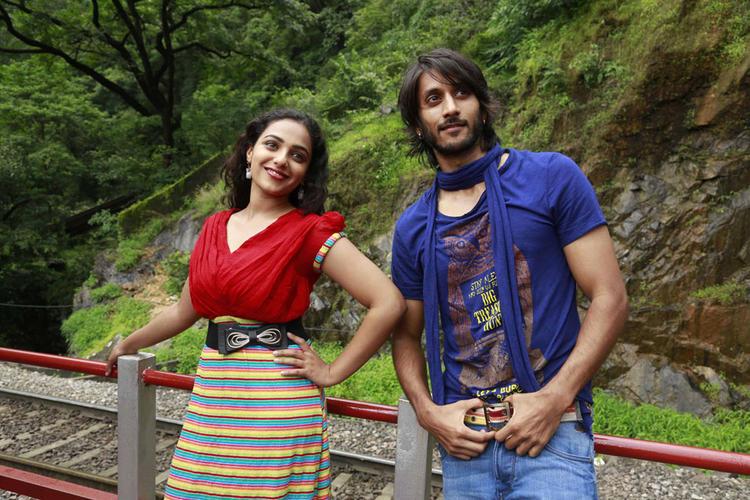 Chetan And Nithya In Mynaa Kannada Movie