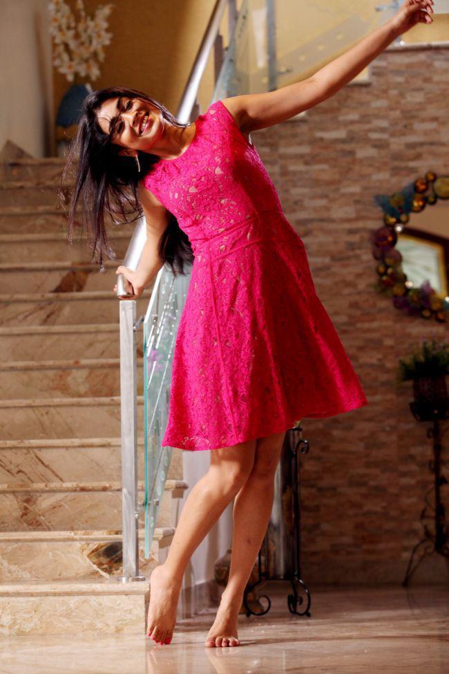 Shriya Saran Photo Still In A Red Frock From Movie Pavitra