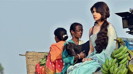 Priyanka Snapped During Shooting Of Film Gunday