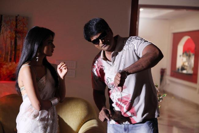 Shriya And Ravi Conversation Photo Still From Movie Pavitra