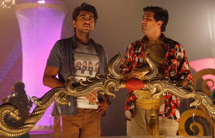 Ayushmann And Kunaal Latest Photo Still From Movie Nautanki Saala