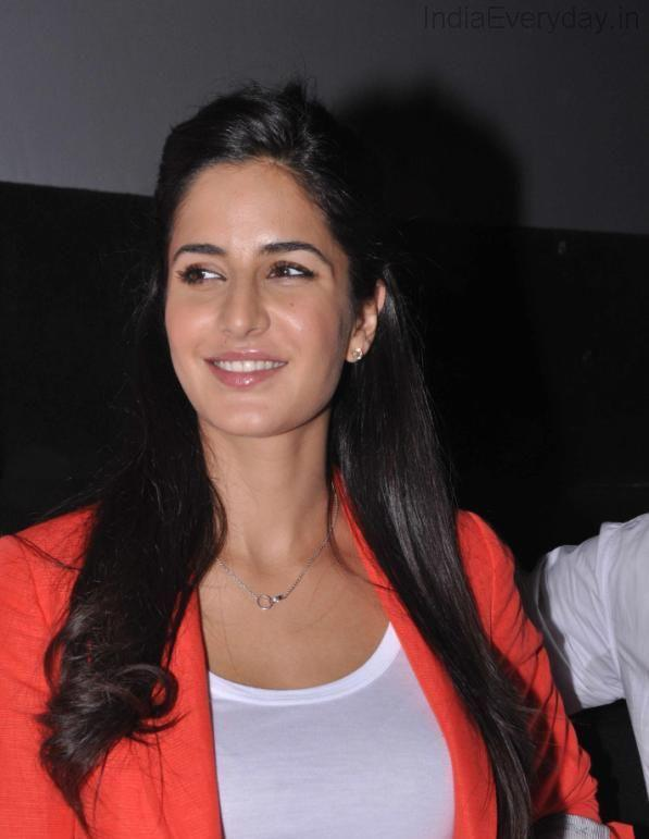 Katrina Kaif Cute Smiling Photo Clicked At Main Krishna Hoon Promotional Event