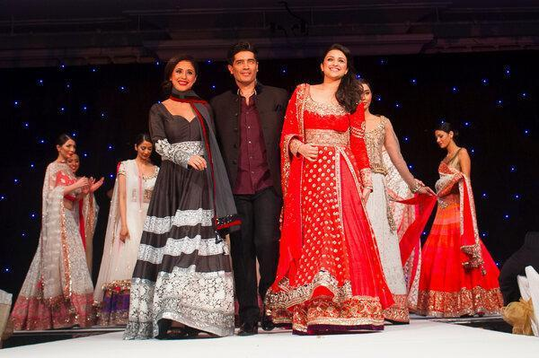 Urmila,Manish And Parineeti Walk On Ramp For The Angeli Foundation