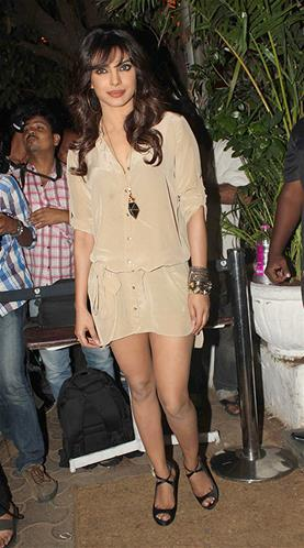 Priyanka Looked Sexy At Sanjay Leela Bhansali Birthday Bash