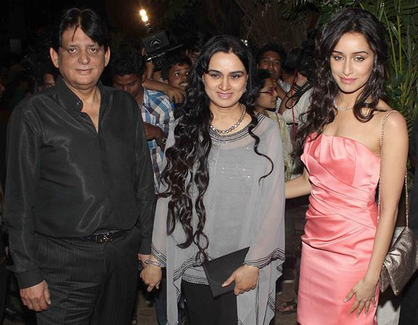 Tutu,Padmini And Shraddha Posed For Camera At Sanjay Leela Bhansali Birthday Bash