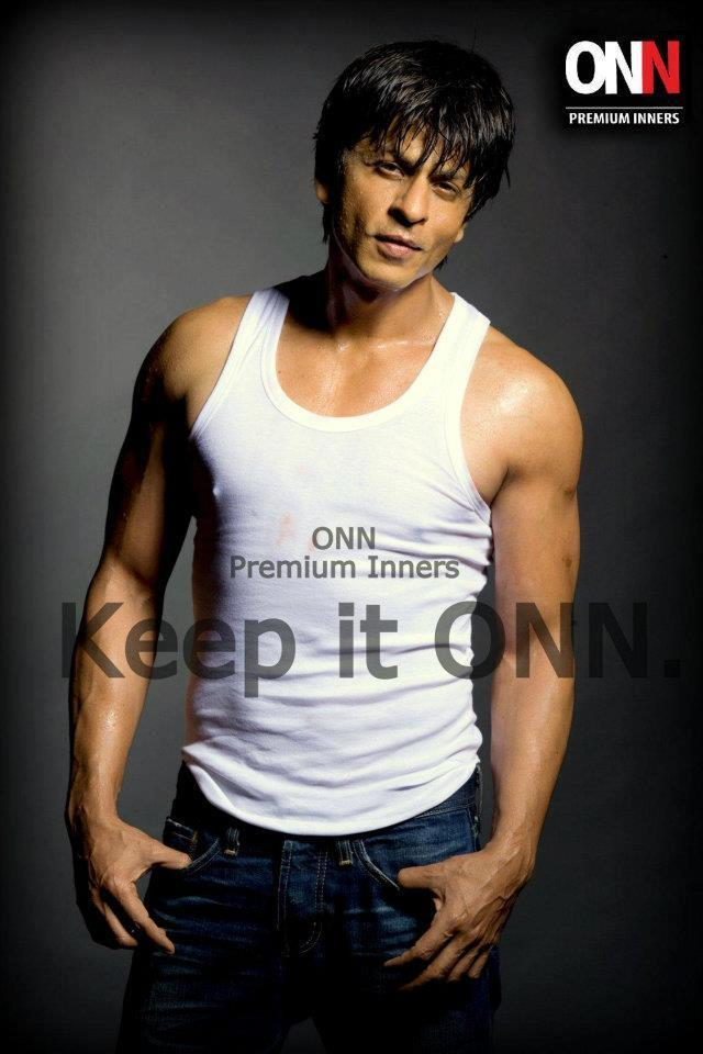 Shahrukh Dashing Look Pose For Lux Cozi ONN