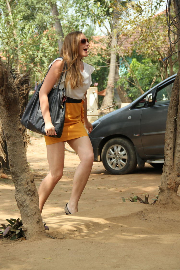 Rachel Hot Look Still From Welcome Obama Movie