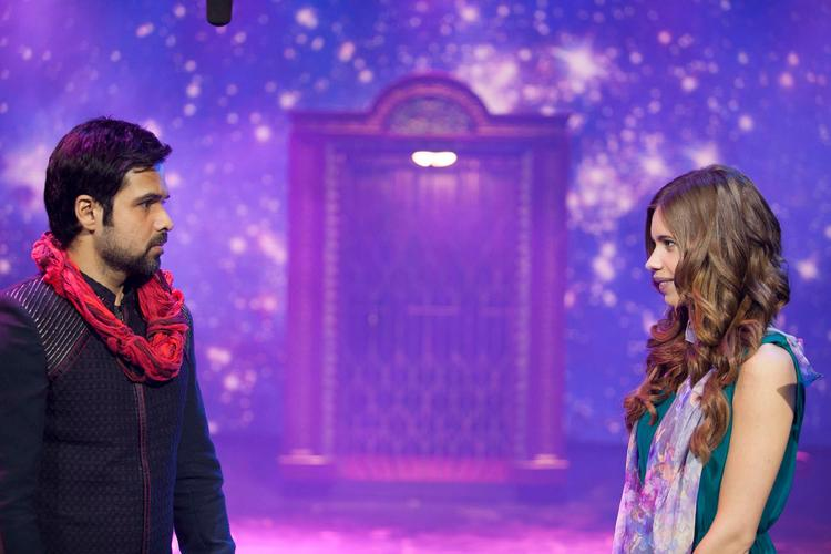 Emraan And Kalki Photo Still During Magic From Movie Ek Thi Daayan