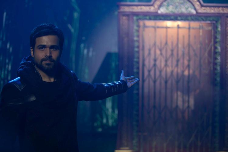 Emraan Hashmi Performs A Magic Photo Still From Movie Ek Thi Daayan