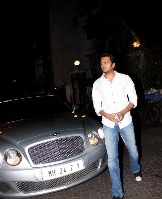Riteish Deshmukh Walks On To Attend The Special Screening Of Balak Palak