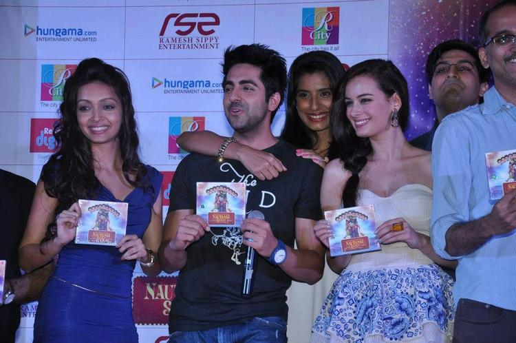 Pooja,Ayushmann,Gaelyn,Evelyn,Kunal And Rohan Smiling Photo Still At Nautanki Saala Audio Launch