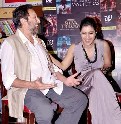 Kajol And Shekhar Snapped At The Launch Of The Oath Of The Vayuputras Book
