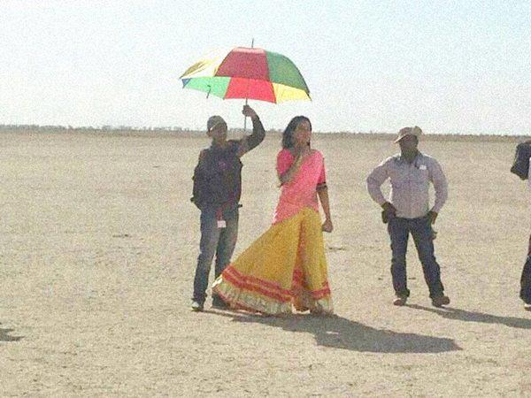 Sonakshi Sinha On The Sets Of Rambo Rajkumar