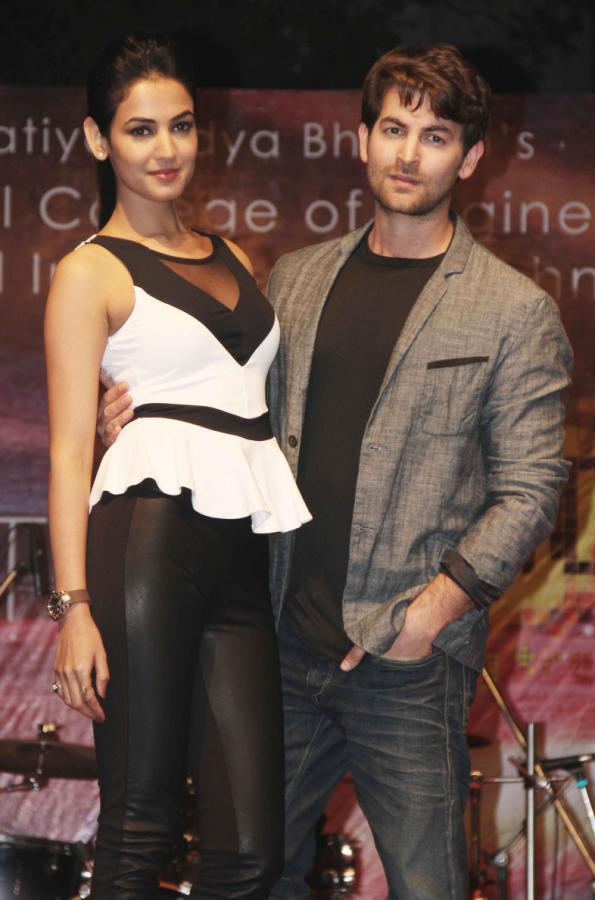 Neil And Sonal Posed During The 3G Film Promotion Event