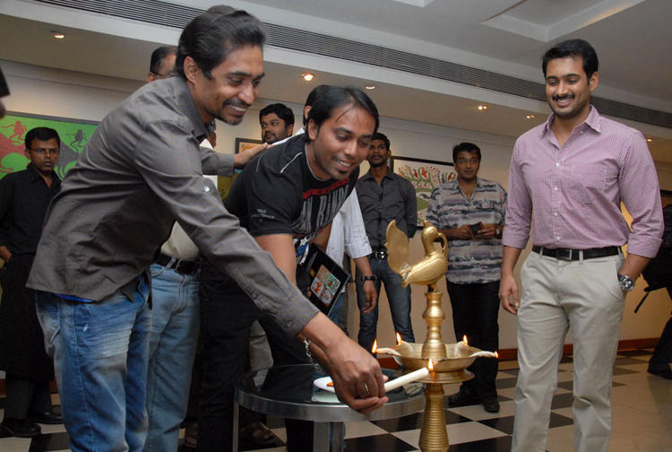 Uday Kiran Smiling Look At Tribal Beauty Art Exhibition Launch Event