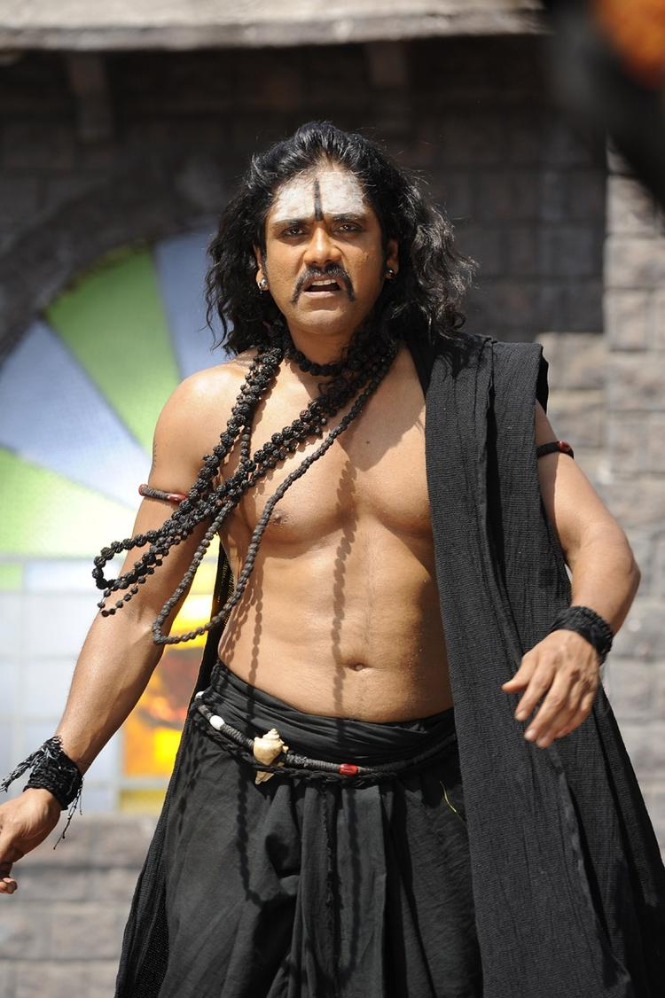 Nagarjuna On The Sets Of Sri Jagadguru Adi Shankara Movie