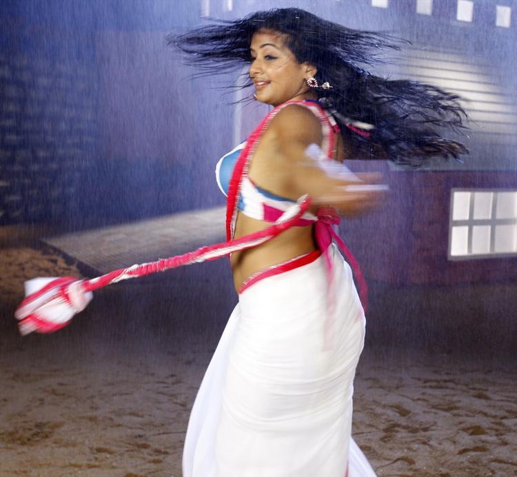 Priyamani In White Saree Hot Still From Tikka Movie