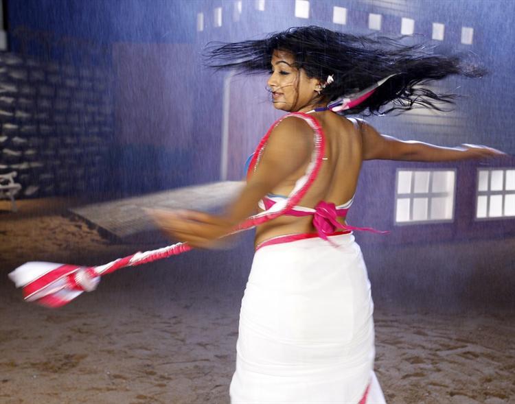 Priyamani In White Saree Wet Look Hot Still From Tikka Movie
