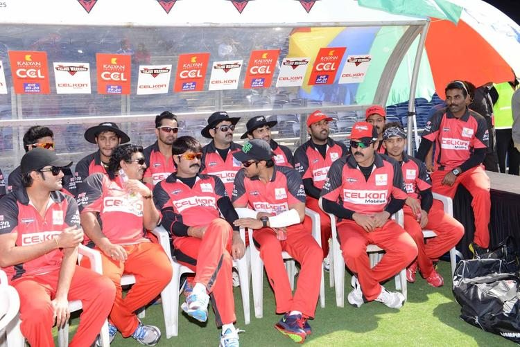 Srikanth,Ram,Venkatesh And Others At CCL 3 Telugu Warriors VS Bhojpuri Dabanggs Match