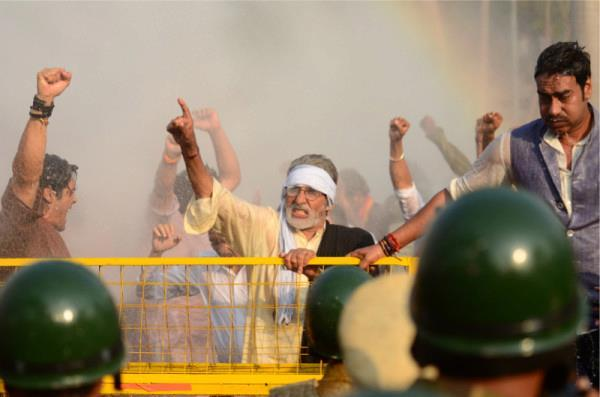 Amitabh And Ajay Speach Photo Clicked On The Sets Of Satyagraha
