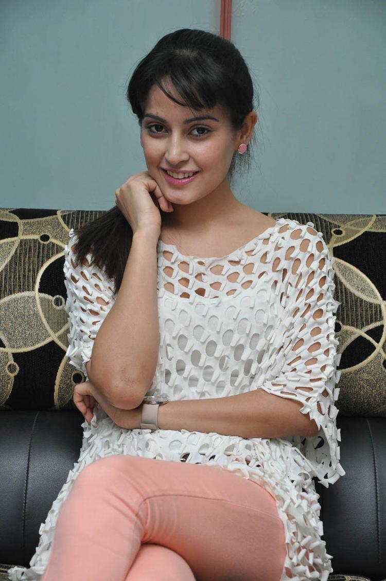 Disha Smiling Face Look Photo Still At Race Telugu Movie Press Meet
