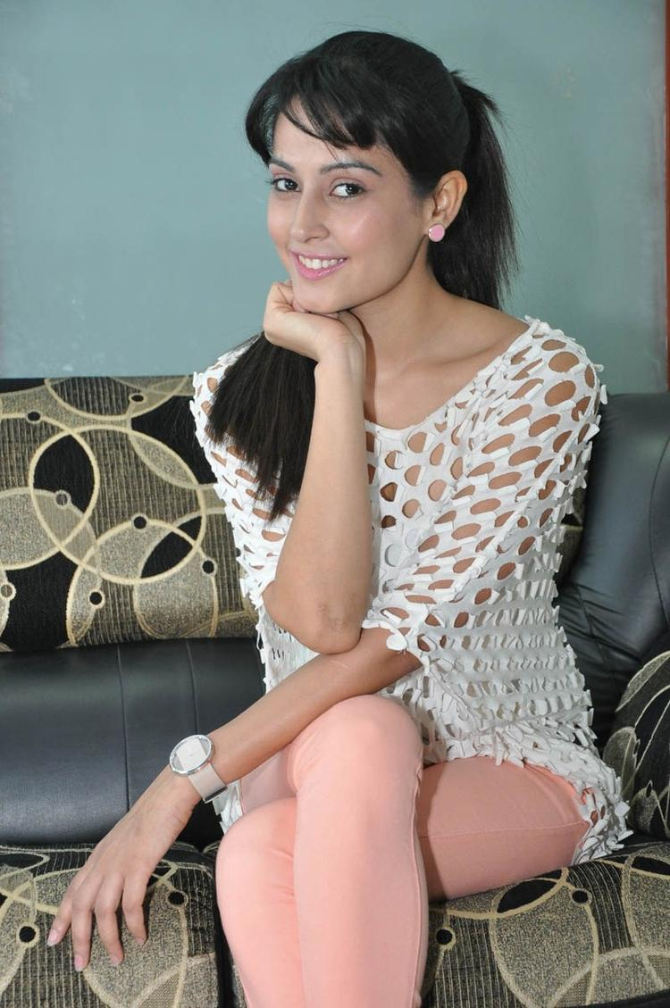 Disha Superb Look Photo Still At Race Telugu Movie Press Meet