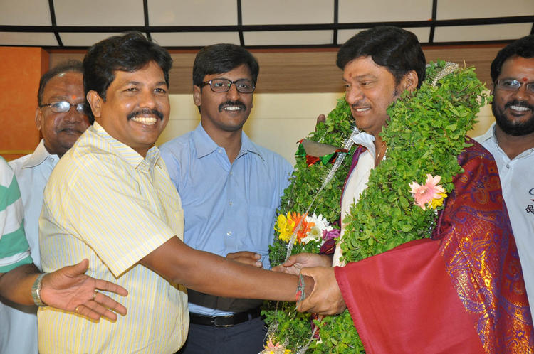 Rajendra Honoured Photo Clicked At Dream Telugu Movie Press Meet