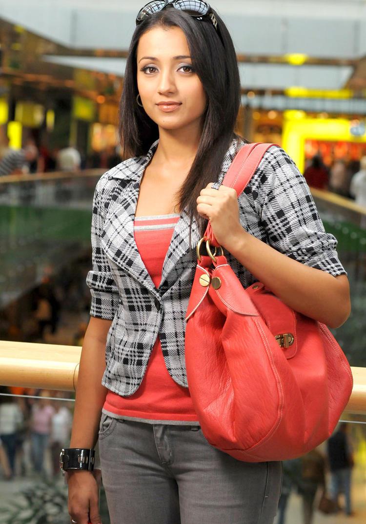 Trisha Stylish Look Photo Still From Movie Kanchu