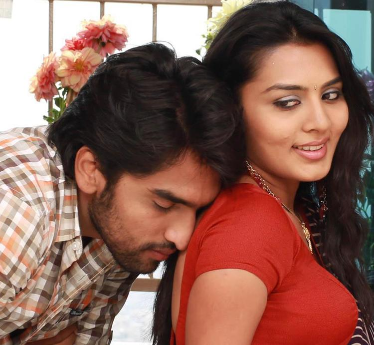 Anish And Sindhu Hot Expression Photo Still From Movie Cofee With My Wife
