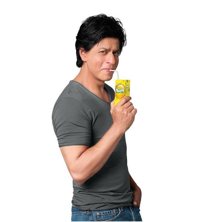 Shahrukh Khan Nice Smiling Look Photo Shoot For Frooti Mango Juice Print Ads