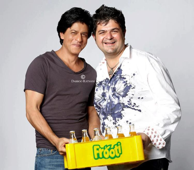 SRK And Dabboo Ratnani Smiling Look Pose For Frooti Mango Juice Print Ads