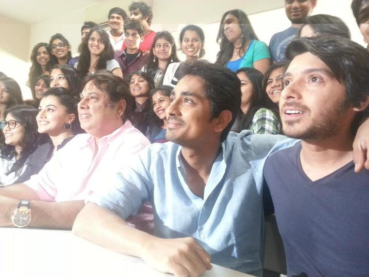 Taapsee,David Dhawan,Siddharth And Divyendu Spotted At Mithibai College To Promote Chashme Baddoor