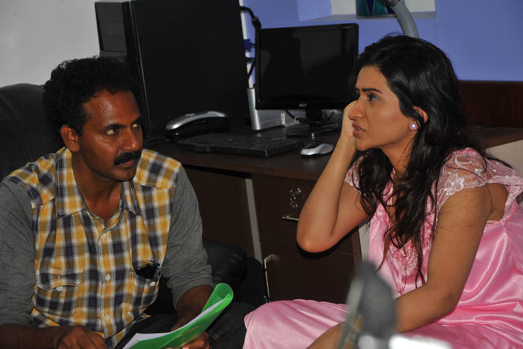 A Cool Chatting Still On The Sets Of Needa Movie