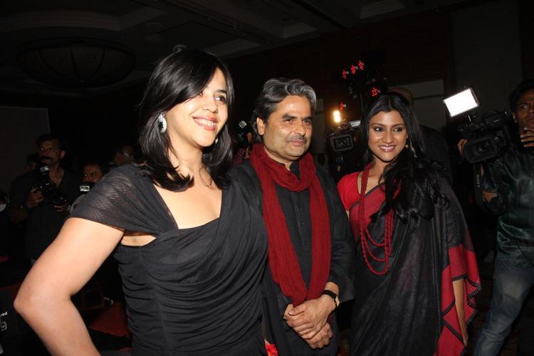 Ekta,Konkona And Vishal Smiling Pose For Camera At The Launch Of Life OK Serial Ek Thi Naayka