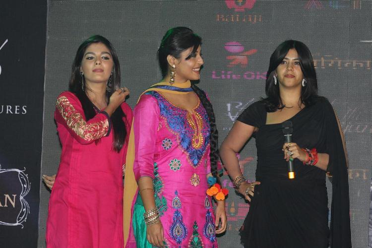 Pooja,Kritika And Ekta Snapped At The Launch Of Life OK Serial Ek Thi Naayka