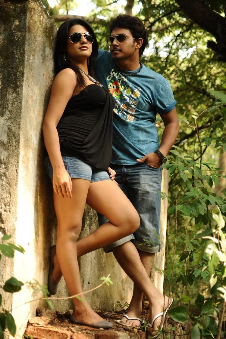 Tashu Kaushik And Tanish Hot Look Photo Still From Movie Telugu Abbai