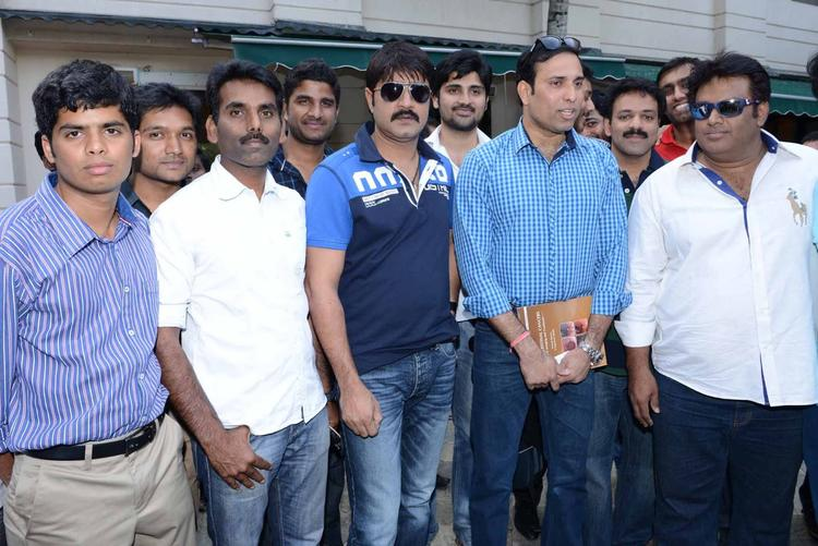 Laxman And Srikanth Posed With Telugu Warriors At ITC Kakatiya