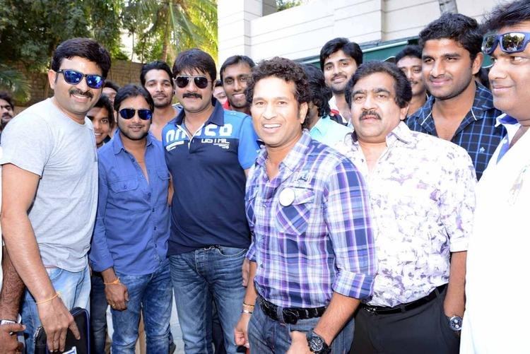 Sachin Posed For Camera With Tarun,Srikanth,Harshvardhan And Chamundeswaranath At ITC Kakatiya