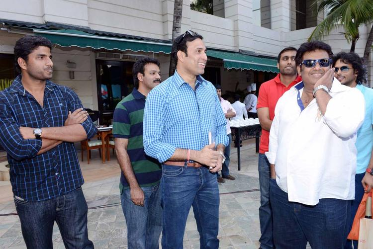 VVS Laxman Meets The Telugu Warriors At ITC Kakatiya