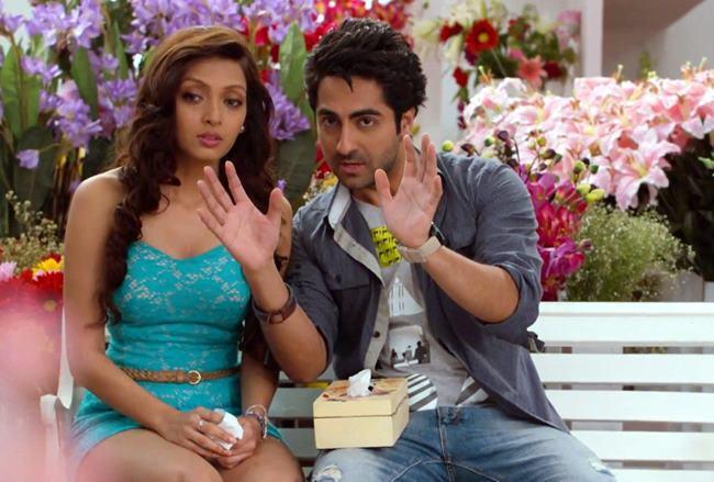 Ayushmann And Pooja Cute Look Photo Still From Movie Nautanki Saala